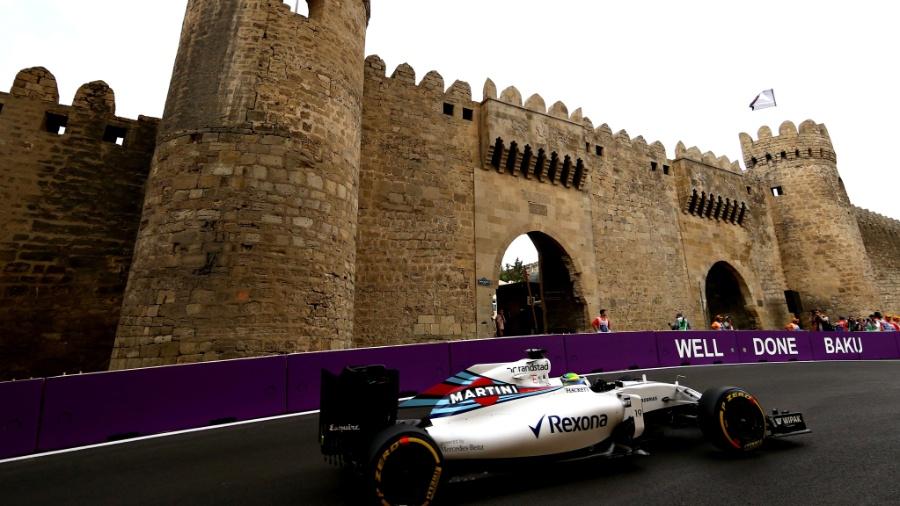 Felipe Massa, da Williams, nos treinos livres do GP da Europa em Baku - Dan Istitene/Getty Images