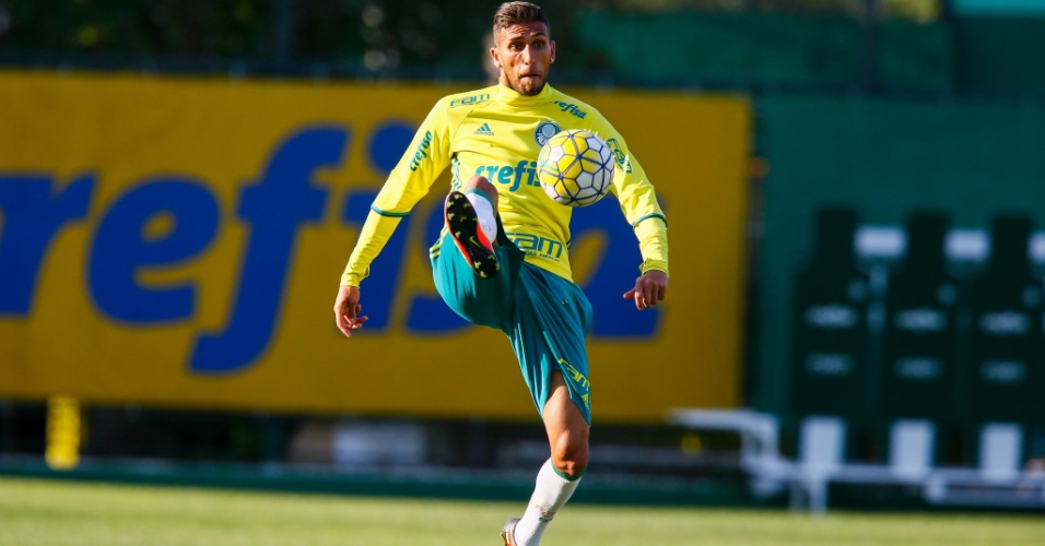 Rafael Marques, durante treino do Palmeiras
