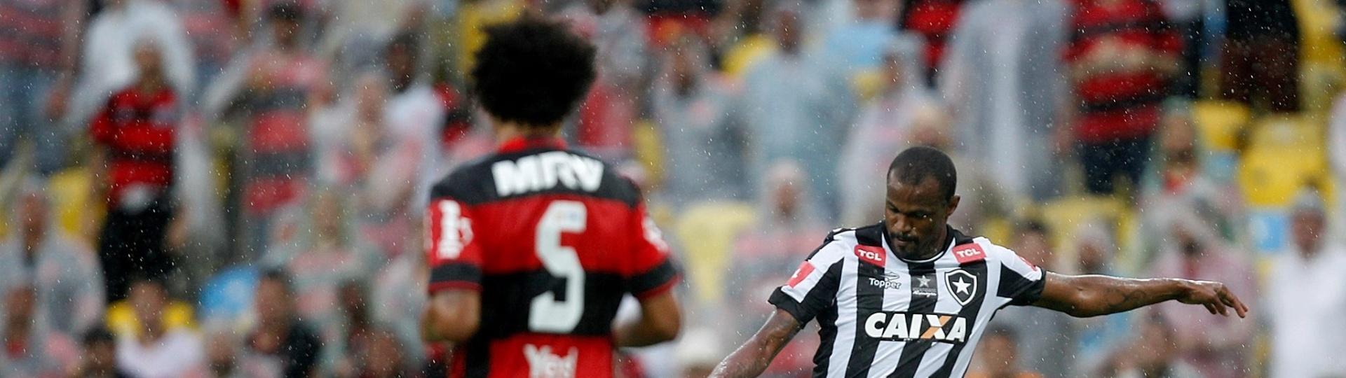 Flamengo e Botafogo medem forças no Estádio do Maracanã
