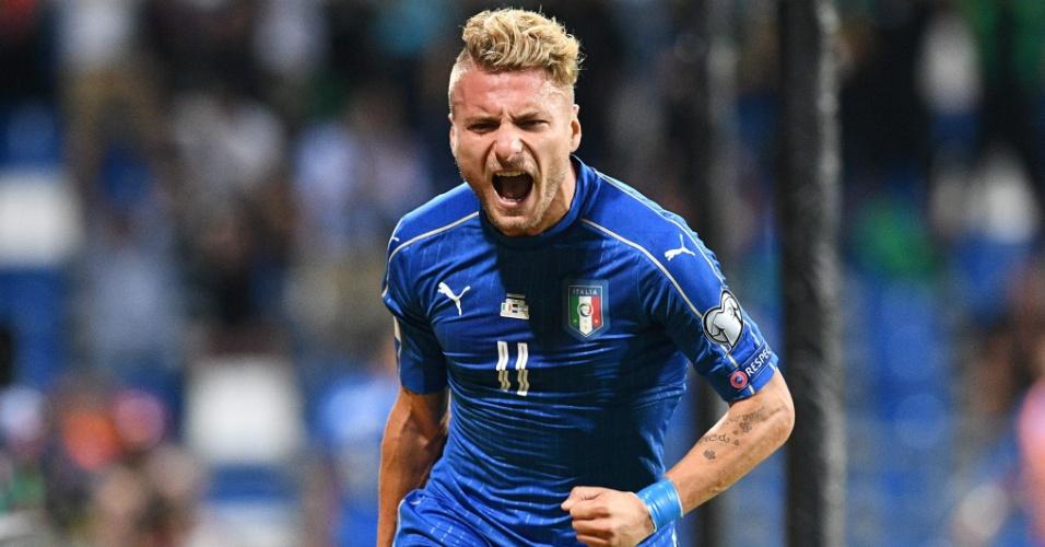 Immobile comemora gol marcado para a Itália contra Israel