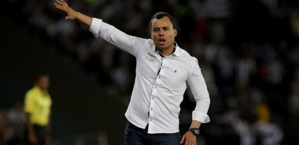 Botafogo não conseguiu fazer gols nas decisões e acabou eliminado em duas frentes