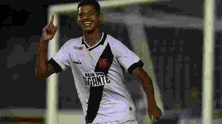 Marrony comemora após marcar pelo Vasco contra o Volta Redonda - Thiago Ribeiro/AGIF - Thiago Ribeiro/AGIF