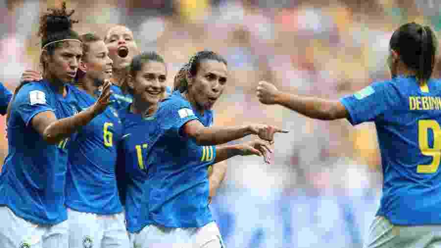 Marta comemora gol do Brasil sobre a Austrália  - Elsa/Getty Images