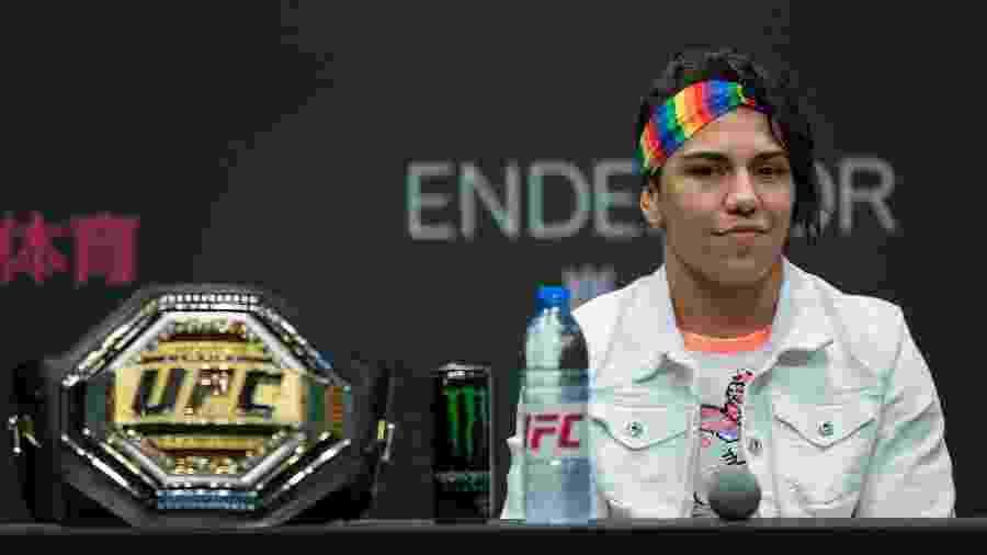 Jessica Bate-Estaca é a primeira lutadora a competir em três categorias diferentes no UFC - Yifan Ding/Getty Images
