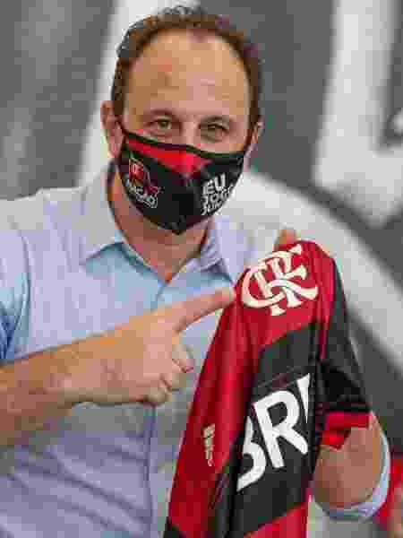 Rogério Ceni é apresentado como novo técnico do Flamengo - Alexandre Vidal / Flamengo