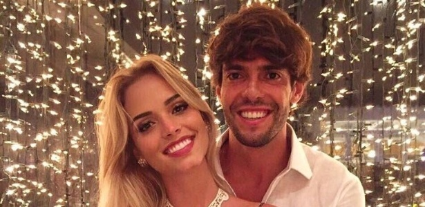 Atriz namorada de kak sofre 39 preconceito por ser bonita for Muralha e sua namorada