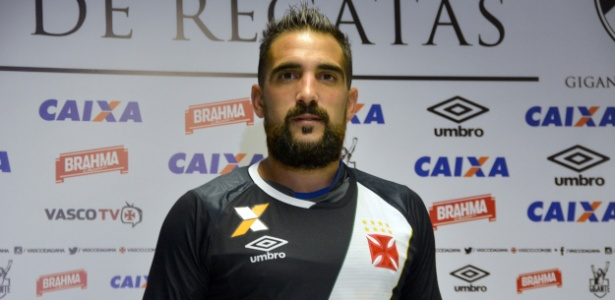 Meia Escudero disputou apenas 23 partidas e fez um gol desde que chegou ao Vasco