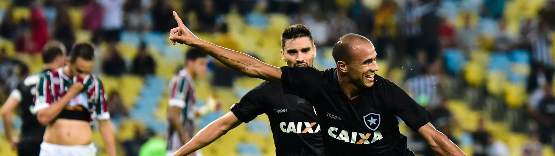 Roger abriu o placar para o Botafogo contra o Fluminense
