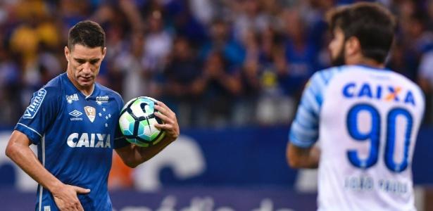 Meia citou necessidade de melhorar rendimento para ter chances de levar o Mineiro