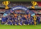"""Willian """"esconde"""" técnico do Chelsea em foto de título e gera polêmica - Reprodução/Instagram"""