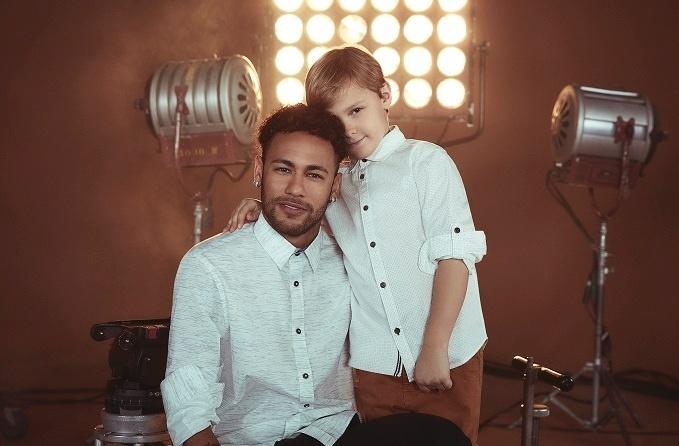 Ao lado de Davi Lucca, Neymar estrela campanha de Dia dos Pais da C&A