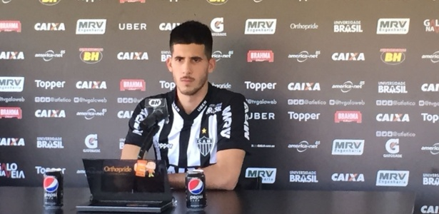 Zagueiro uruguaio Martín Rea é apresentado no Atlético-MG - Thiago Fernandes/UOL Esporte