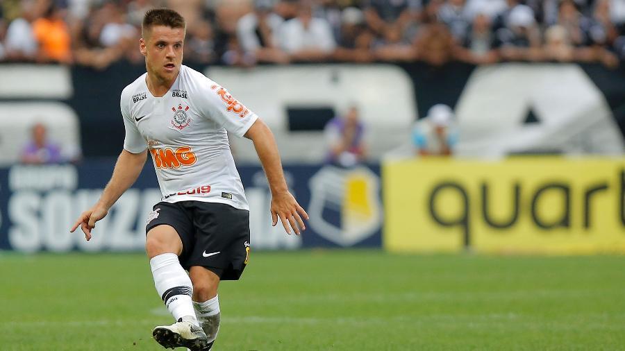 Corinthians altera numeração e Ramiro é o escolhido para usar camisa emblemática do clube