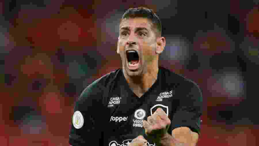 Botafogo tem interesse em renovar com Diego Souza até 2022, mas depende de SPFC desistir de claúsula - REUTERS/Diego Vara