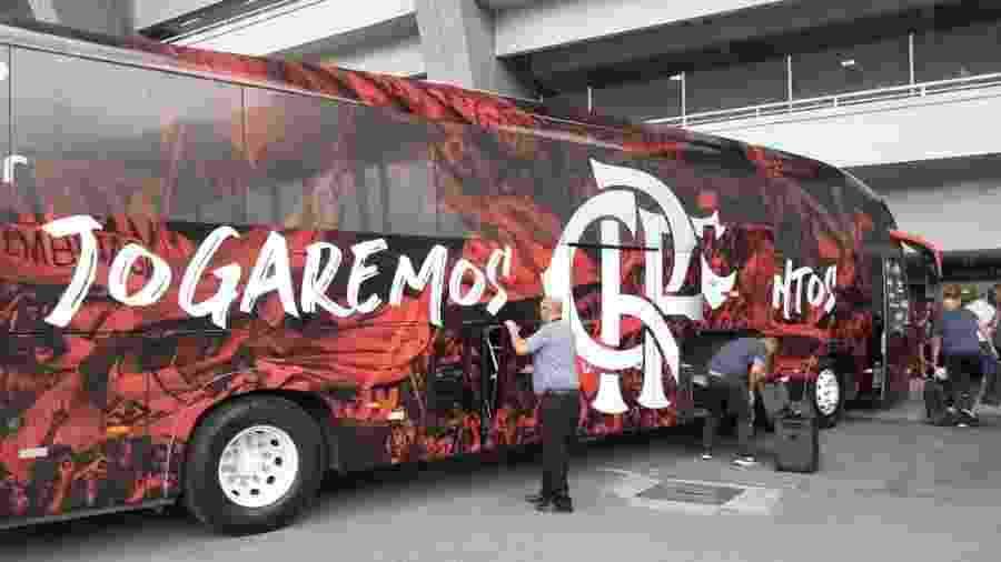Patrocinadora do Flamengo vai oferecer ônibus para a torcida - Léo Burlá/UOL Esporte