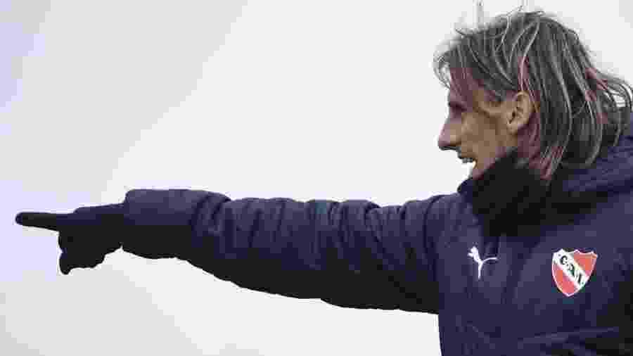 Sebástian Beccacece, técnico argentino do Racing que ficou perto de treinar o Athletico - Divulgação/Independiente