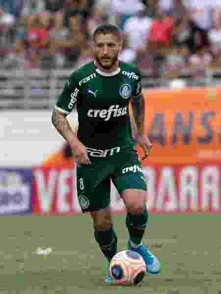 Zé Rafael se tornou titular do Palmeiras e tem sido importante para Luxemburgo - Rebeca Reis/AGIF