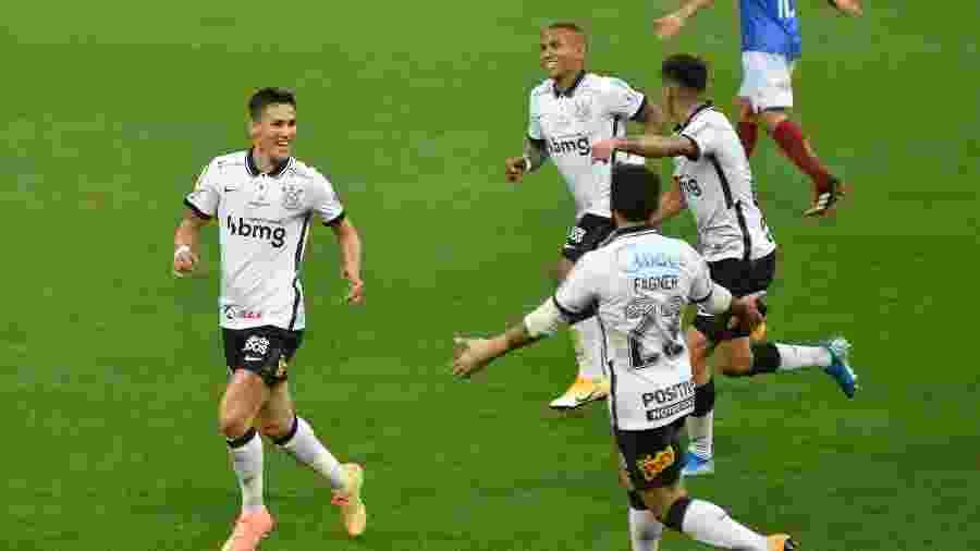 Otero comemora gol do Corinthians na partida contra o Bahia em Neo Química Arena - Bruno Ulivieri/AGIF