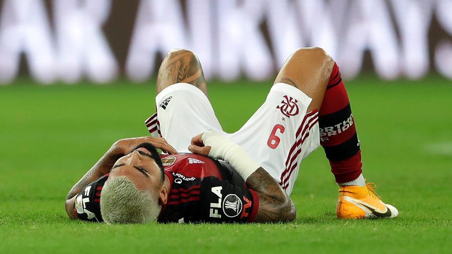 Gabigol teve problema muscular detectado e é dúvida para jogo contra o Racing (ARG) - SIlvia Izquierdo-Pool/Getty Images