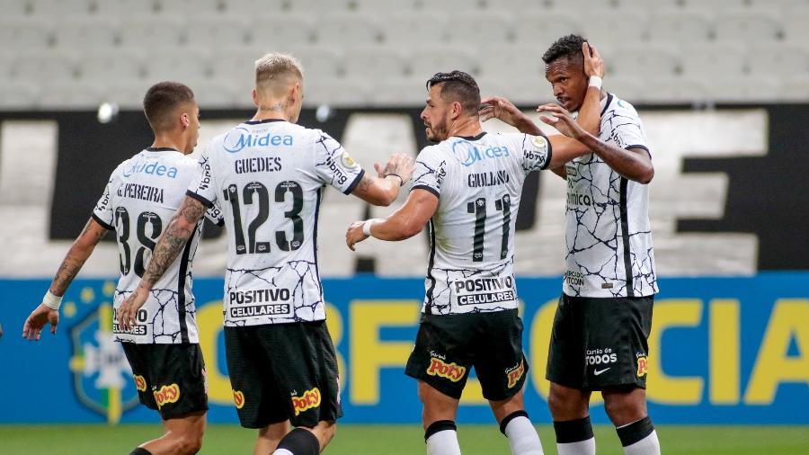 Os novos reforços aumentaram o aproveitamento do time para 61,9% - Rodrigo Coca/Agência Corinthians