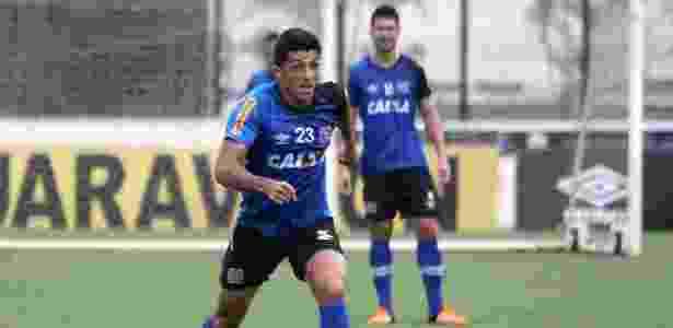 fd6d2919c2 Vasco contratou sete jogadores em 2015 que sequer entraram em campo ...