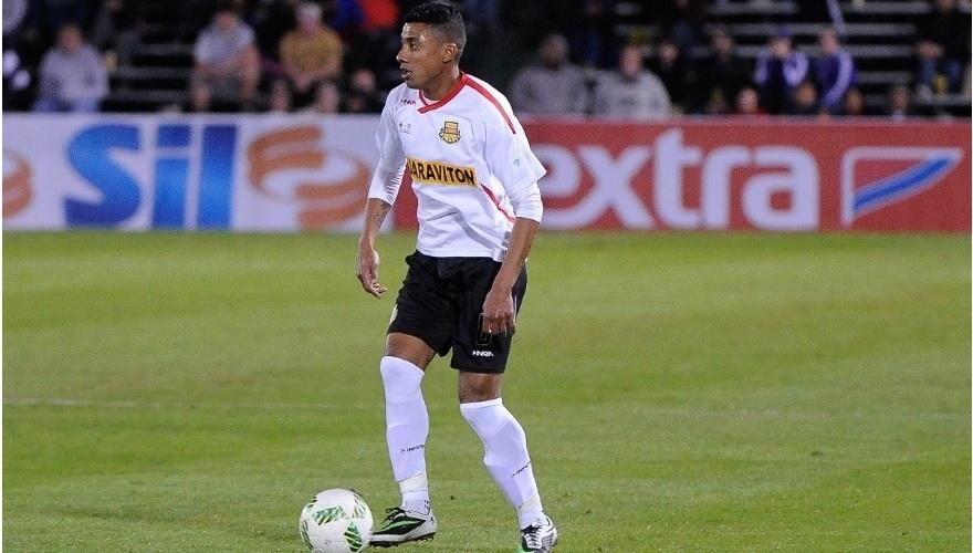 Kleberson em ação pelo Strikers, time de Ronaldo nos EUA