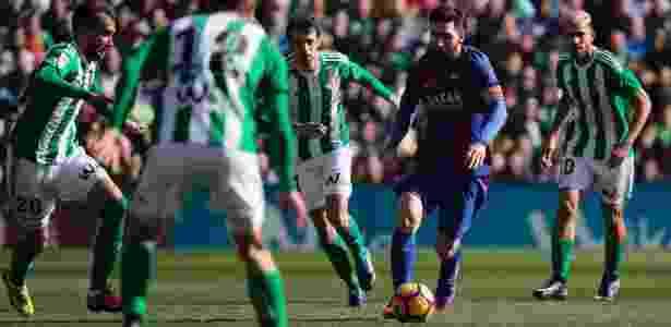 Sistema de marcação do Betis conseguiu anular Messi no 1º tempo - REUTERS/Jon Nazca - REUTERS/Jon Nazca