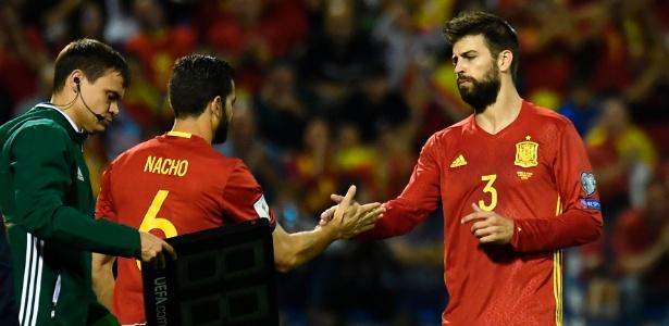 Espanha confirma vaga direta na Copa  Itália tropeça e aguarda ... e3316a7536bfc