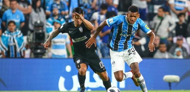 Clube gaúcho já deu aval para negócio e espera acerto entre Jailson e Santos