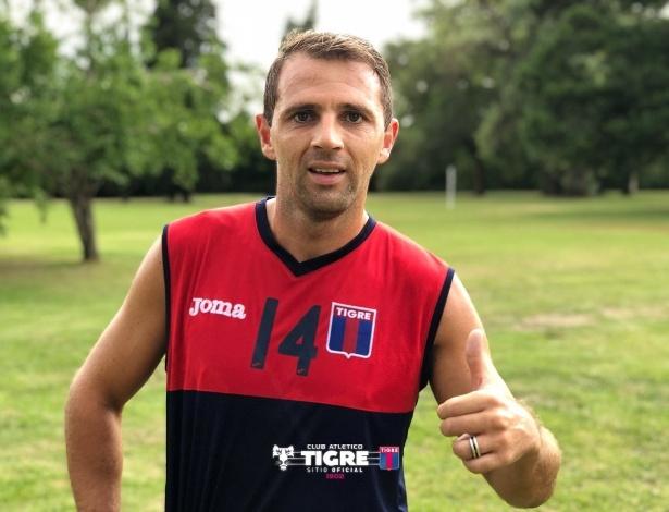 Após série de lesões no Botafogo, Montillo anunciou aposentadoria em junho
