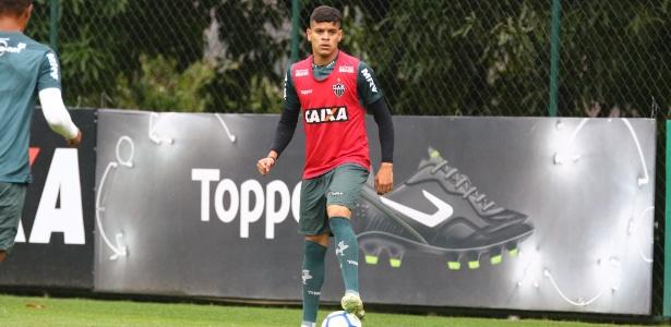 Carlos Gabriel, lateral esquerdo do Atlético-MG, é conhecido como Hulk - Bruno Cantini/Divulgação/Atlético-MG