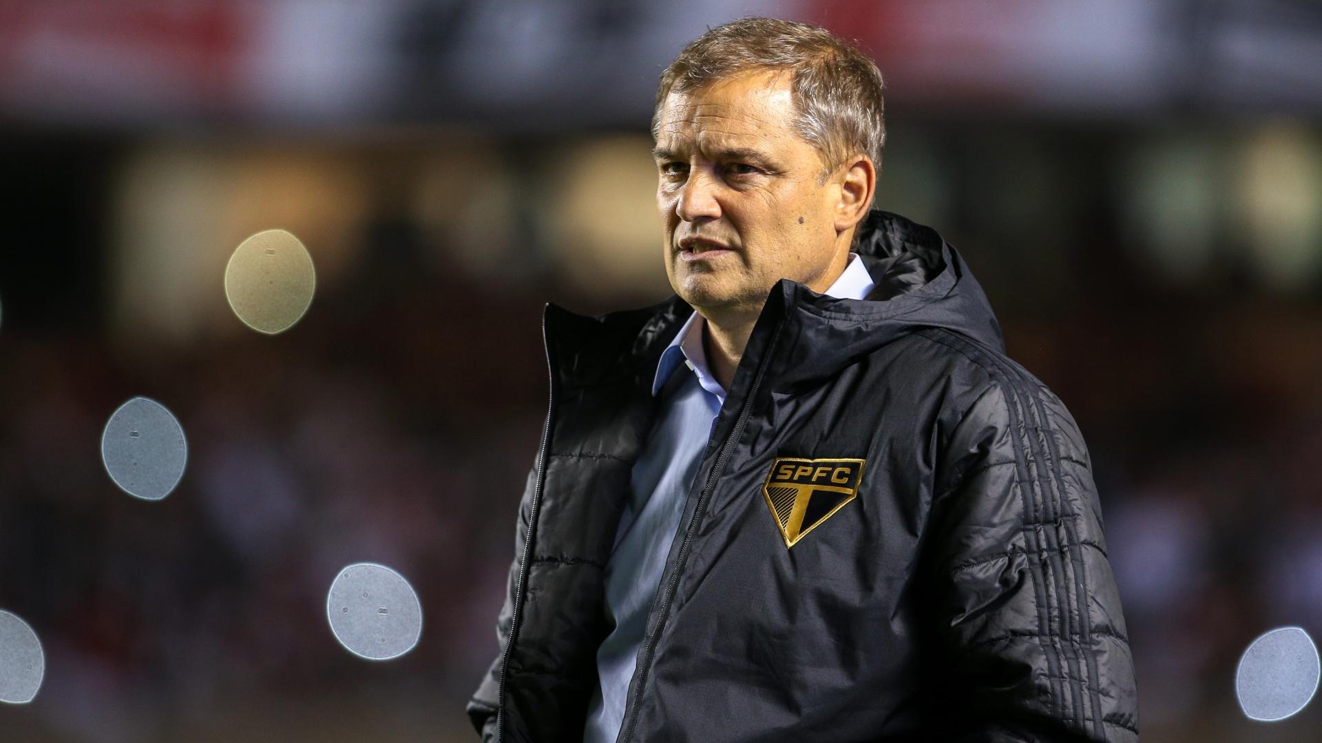 Diego Aguirre comanda o São Paulo contra o Bahia