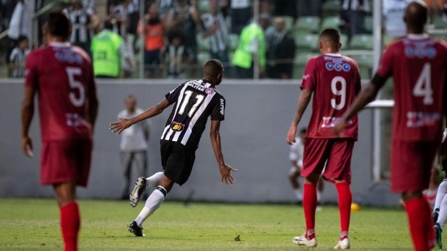 Maicon Bolt balançou a rede em vitória do Atlético-MG sobre o Guarani-MG pelo Campeonato Mineiro - Pedro Vale/Agif