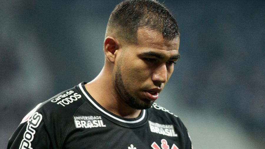 Sornoza, meia do Corinthians, teve atuação apagada contra o Grêmio - Marcello Zambrana/AGIF