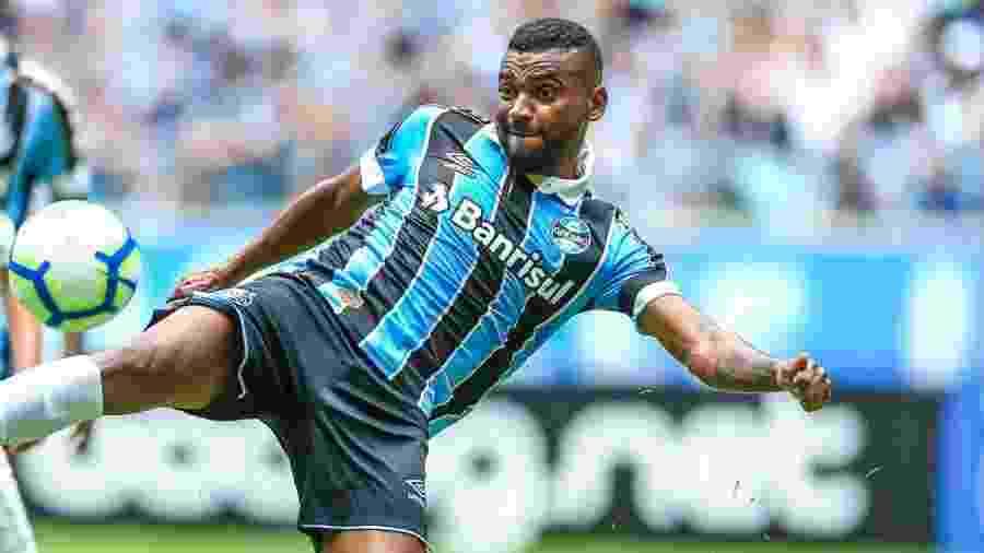 Leonardo rompeu ligamento do joelho direito e só volta a jogar no início do próximo ano - Divulgação/Site oficial do Grêmio