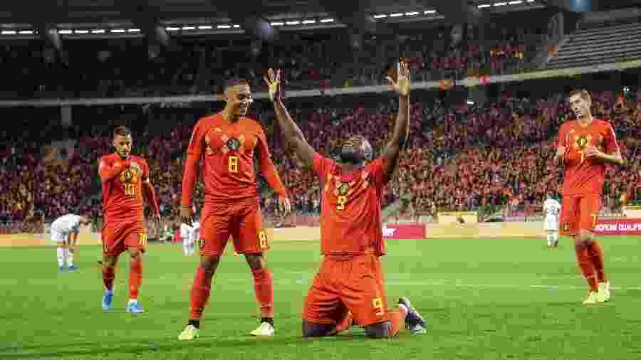 Lukaku comemora gol da Bélgica contra San Marino - BRUNO FAHY / BELGA / AFP