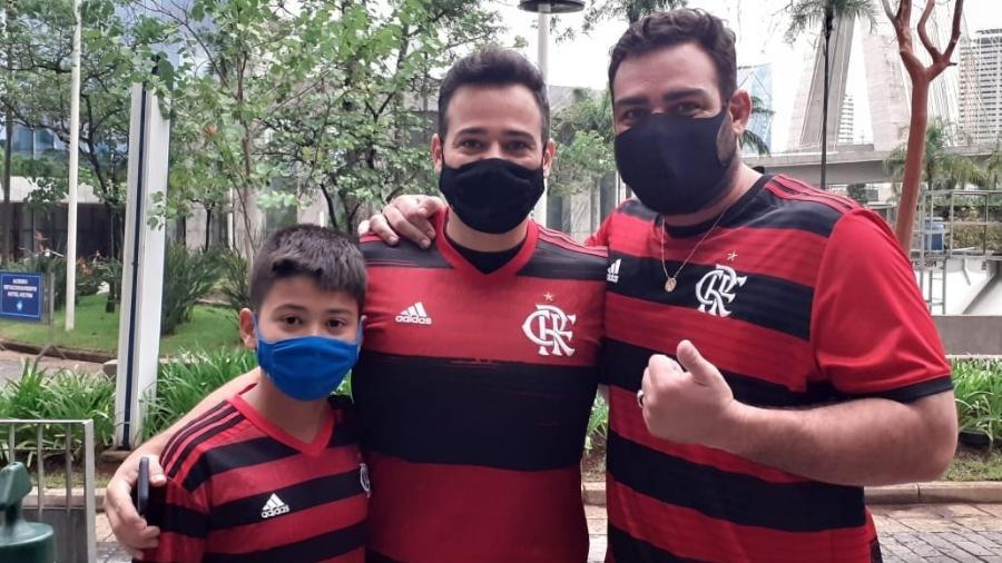 Torcedor do Flamengo dirige 600 km para ver final na porta do Morumbi