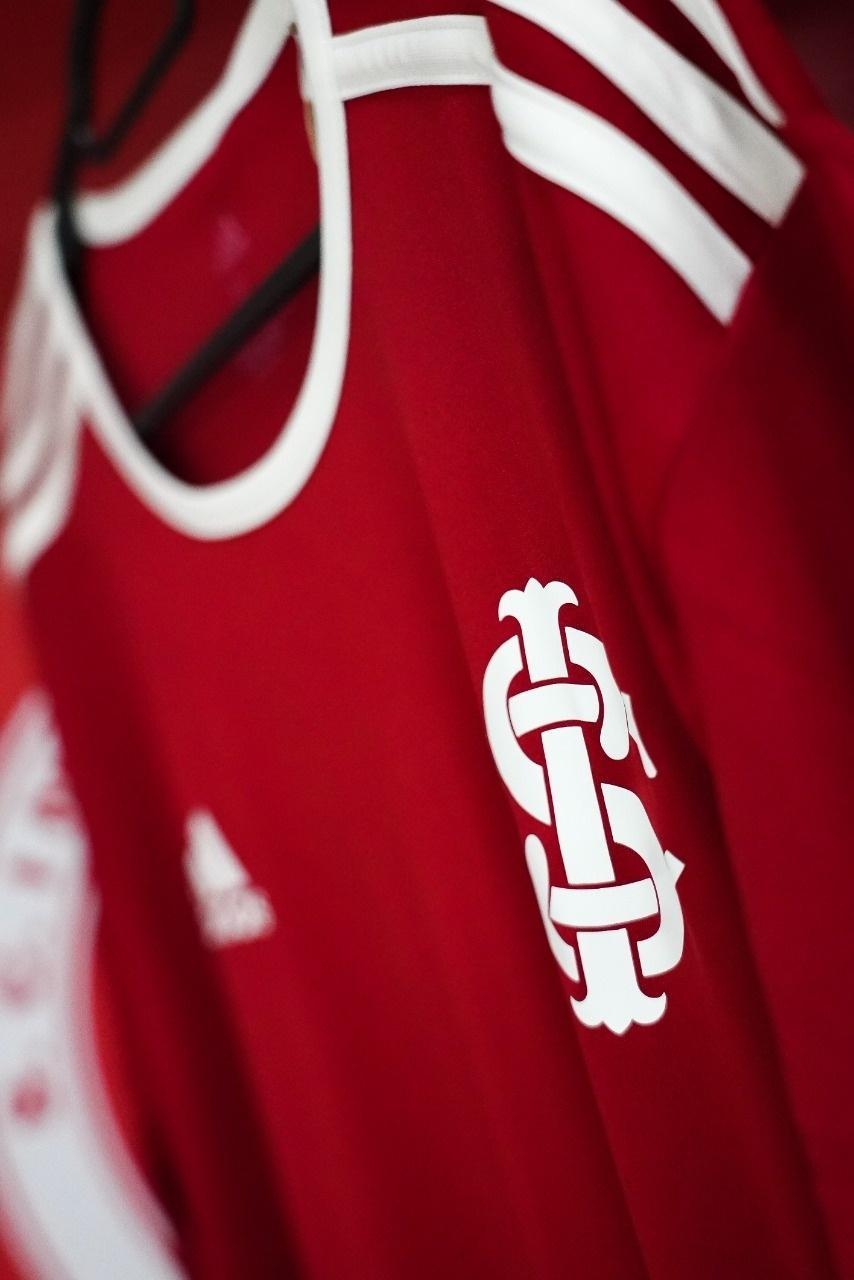 Camiseta comemorativa do Inter pelos 15 anos da conquista da Copa Libertadores de 2006