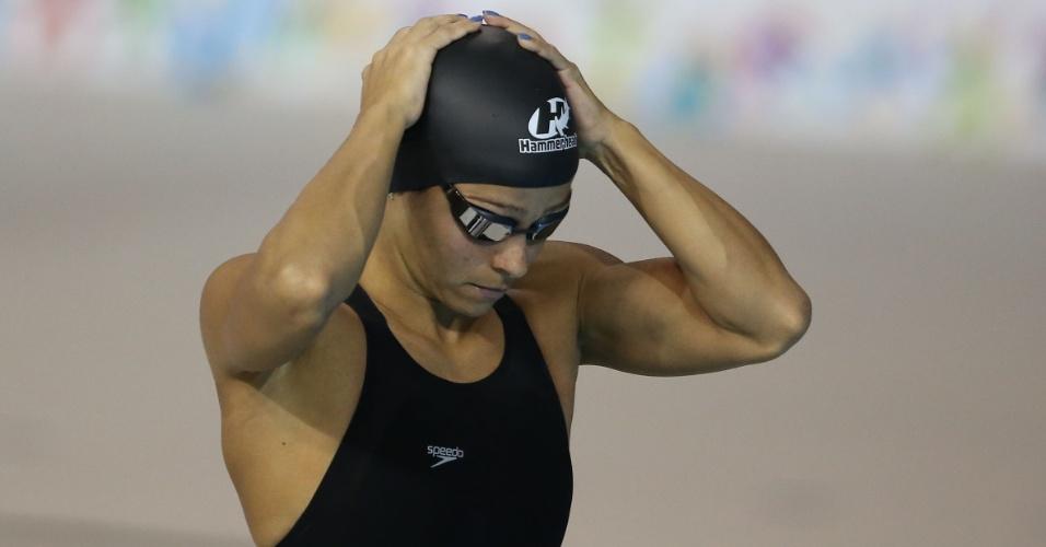 Daiene Dias se prepara para a bateria eliminatória dos 100m borboleta