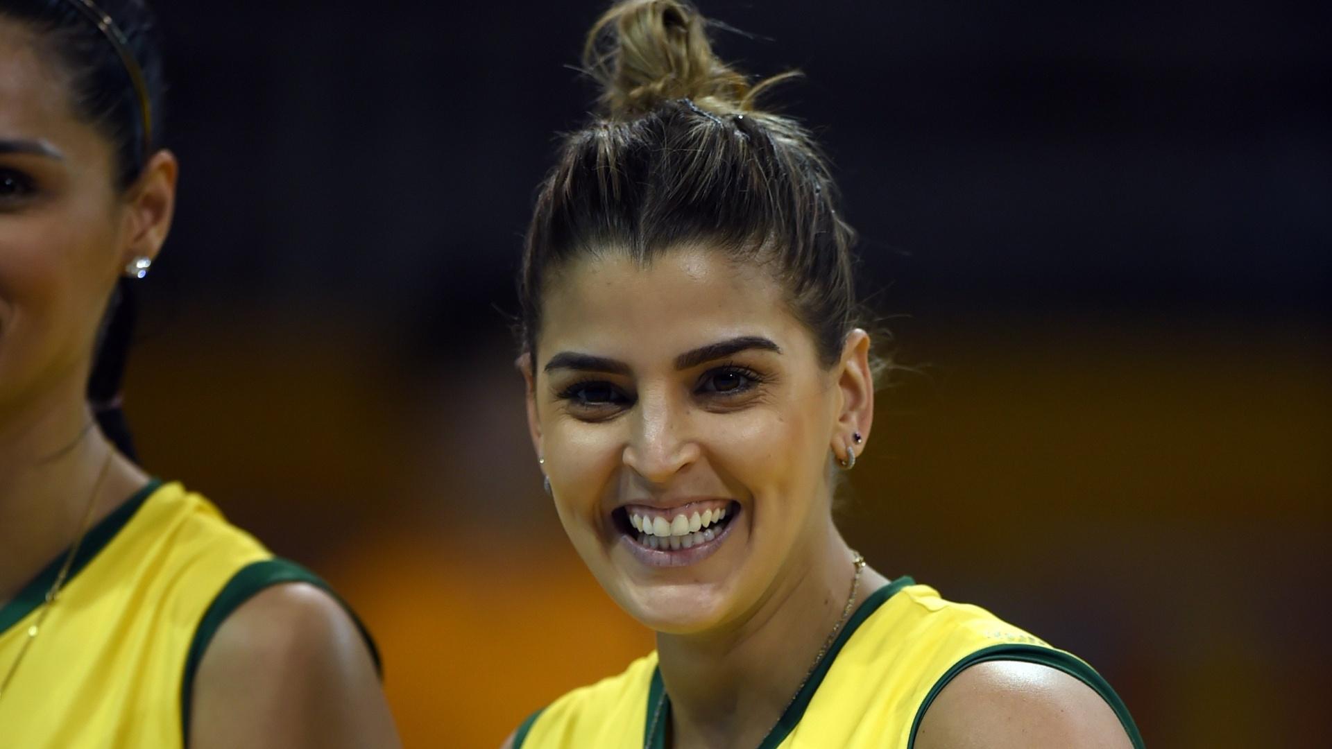 Mari Paraíba durante jogo do Brasil no Pan de Toronto