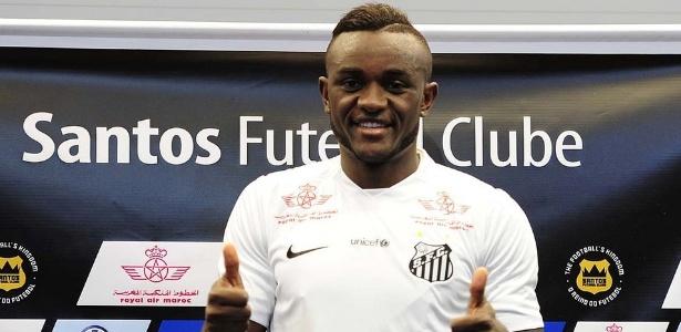 Atacante camaronês foi apresentado no CT Rei Pelé nesta quarta-feira (13)