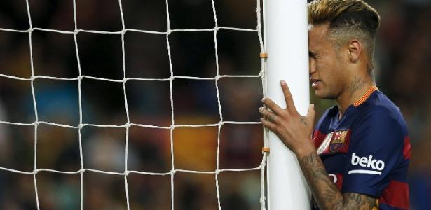 Neymar tem desempenho abaixo de seus companheiros de posição de Barça e Real