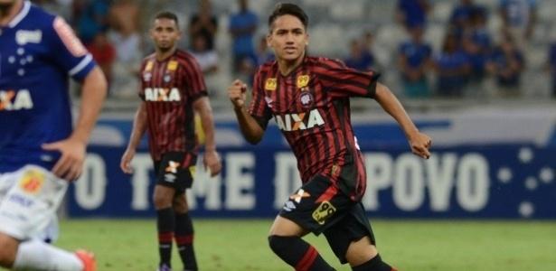 Giovanny compõe elenco profissional do Atlético-PR aos 18 anos - Gustavo Oliveira/Atlético Paranaense