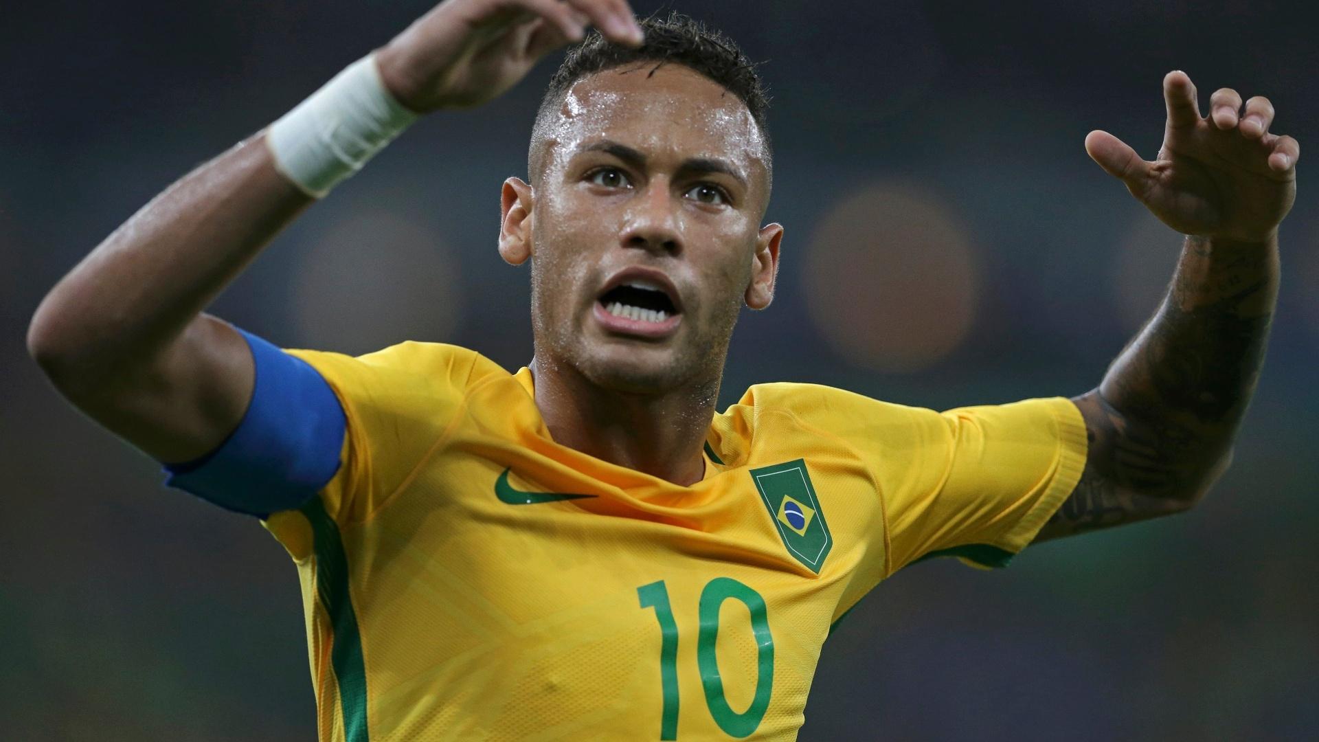 Neymar comemora primeiro gol na partida contra a Alemanha e incendeia torcida presente no Maracanã