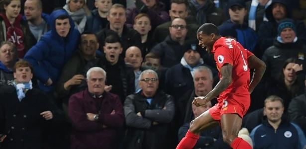 Liverpool bate Manchester City e encerra 2016 como vice-líder do ... 432a7b0cf8000