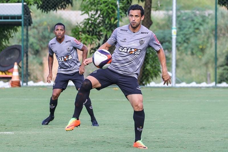 Robinho e Fred prometem disputar a artilharia do Atlético-MG em 2017