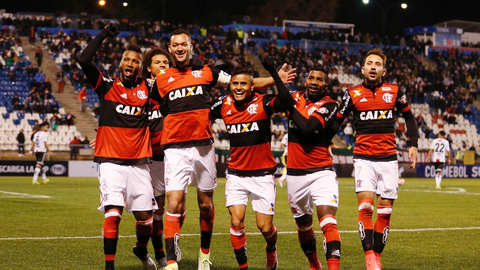 Flamengo levou susto, mas atropelou o Palestino na Sul-Americana