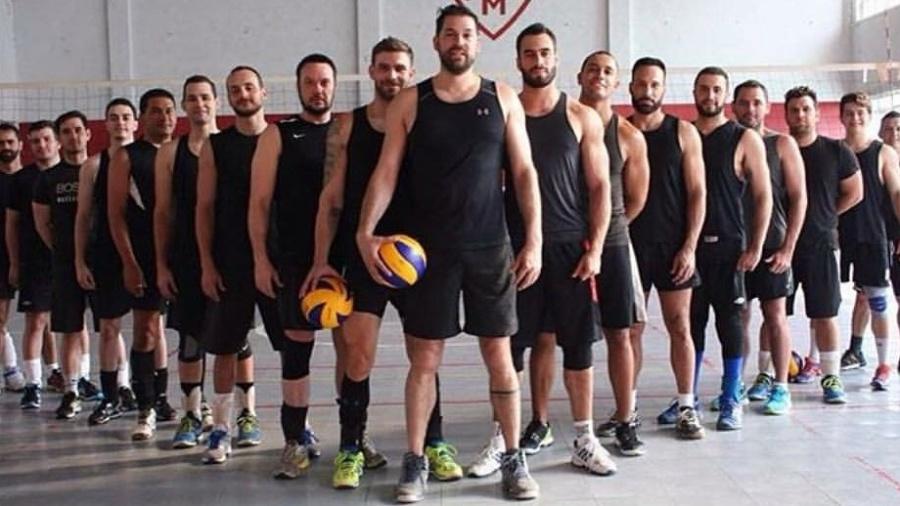 Angels Volley Brazil se prepara para a disputa do Gay Games em agosto de 2018, em Paris - Reprodução/Instagram