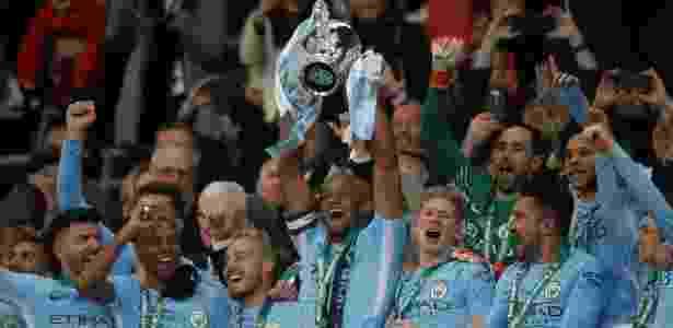 Jogadores do City fizeram a festa no Estádio de Wembley - Carl Recine/Reuters