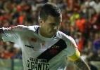 Torcedores cobram jogadores do Vasco em hotel após derrota para Sport
